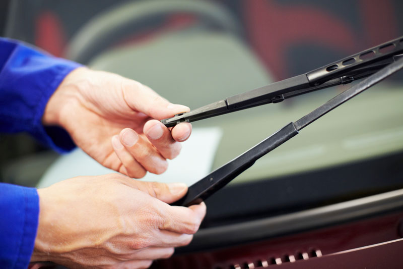 Changing Windshield Wipers Seasonally